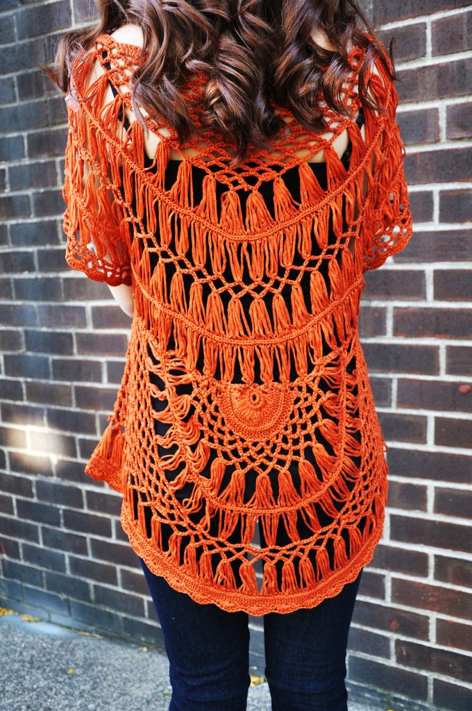 inspiration - hairpin lace Crochet Top from Cirque De La Mode - I'd so buy this were it in a color more flattering on me