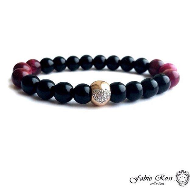 Браслет от FabioRoss Collection премиум класса с ювелирным изделием из серебра 925 пробы. масса 1.86 г, шарм покрыт слоем золота , рисунок в виде сердца выполнен из фианитов (искусственных бриллиантов ) , размеры камней 8 мм , используется камень Агат и розовый тигровый глаз. •••••••••••••••••••••••••••••• #fabioross_collection #fabioross #мужскиебраслеты #женскиебраслеты #браслетыназаказ #браслетыизнатуральныхкамней #браслеты #мужскиеукрашения #женскиеукрашения