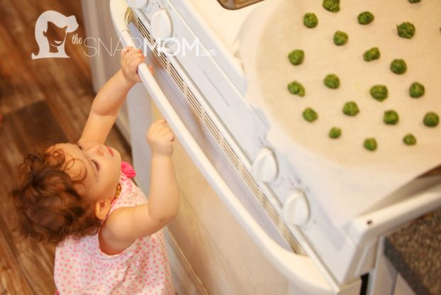 Puffs- change out kale with whatever baby food/veggie is on hand- add more cereal if too liquid