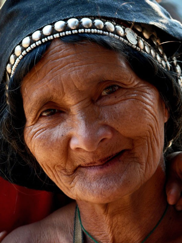 Faces of Laos by Daniela Calzolari - I think she is one of the most beautiful people i have ever seen! :-)