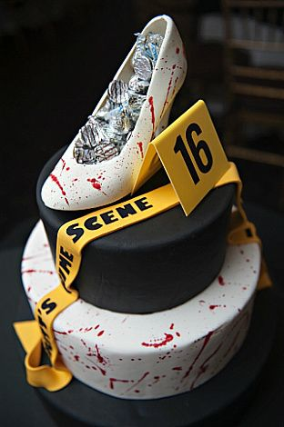 How cool is this crime scene Sweet 16 cake! never would use this theme more than likely....but totally cool! #cake #sweet16