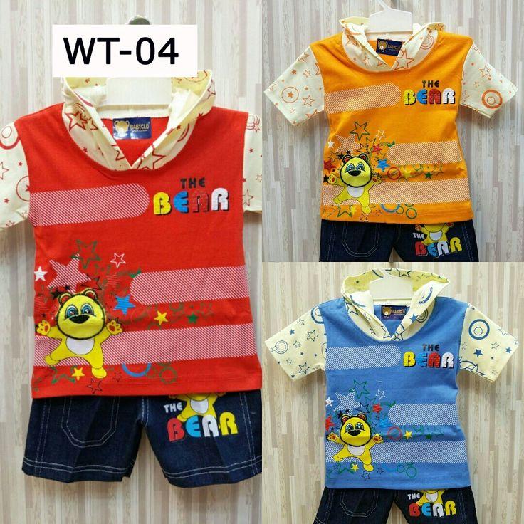 Kode: WT-04 Motif: Bear Varian warna: merah, orange, biru.  Kaos dengan penutup kepala. Celana jeans. . .   untuk usia 12 - 18 bulan.  Telegram: @mylapak  WA: 0812-1227-2139  Line: @jho9943c