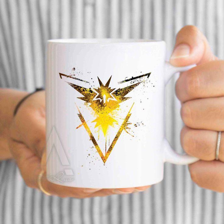 Pokemon go team Instinct, gift for boyfriend, team valor, pokemon go yellow, pokemon go gym, pokemon go mug, pokemon go gamer gifts…