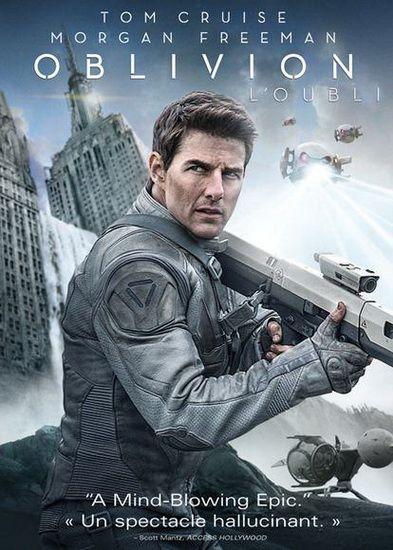 2077 : Jack Harper, en station sur la planète Terre dont toute la population a été évacuée, est en charge de la sécurité et de la réparation des drones. Suite à des décennies de guerre contre une force extra-terrestre terrifiante qui a ravagé la Terre, Jack fait partie d'une gigantesque opération d'extraction des dernières ressources nécessaires à la survie des siens. Sa mission touche à sa fin. Dans à peine deux semaines, il rejoindra le reste des survivants dans une colonie spatiale à des…