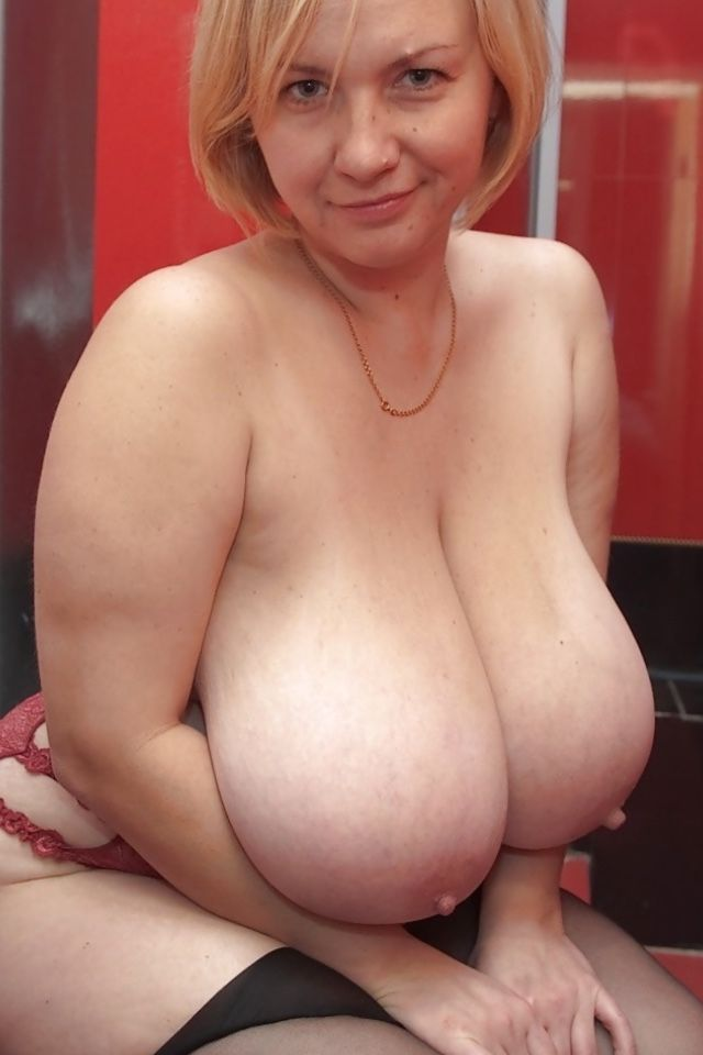 Mature Ladies With Huge Tits