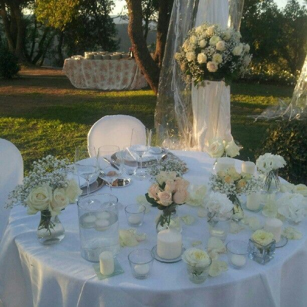 Love all the different glasses and sized flowers top table?