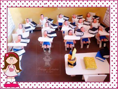 Atelie Triccy Arteira: Maquete sala de aula na caixa de sapato