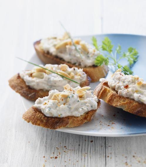 750 grammes vous propose cette recette de cuisine : Rillettes de thon au St Môret®. Recette notée 4.1/5 par 62 votants et 4 commentaires.