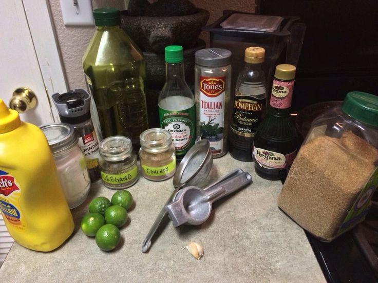 Ingredientes para vinagreta: mostaza, sal de mar, pimienta entera, aceite de olivo extra virge, salsa soya baja en sodio, sazonador Italiano,vinagre balsamico,vinagre de vino tinto(opcional), azucar morena,jugo de limon- poco, cominos, oregano- poco y un diente de ajo- grande. Licuar hasta combinar bien todo... Olvidate de esos aderezos  saturados de sodio, azucar y grasas no Saludables para tu cuerpo... Preparatela y Disfruta de tus verdura...