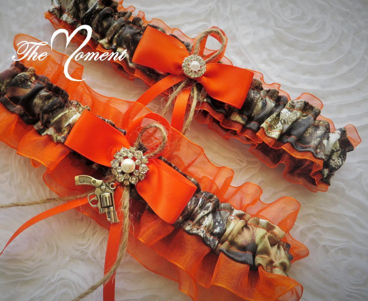 Orange and Mossy Oak Camo Garter set