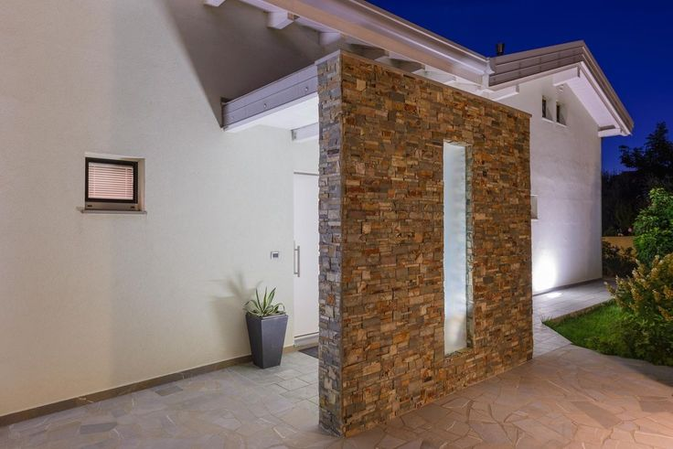 Villa Biohaus, esterno in pietra  Architettura - design