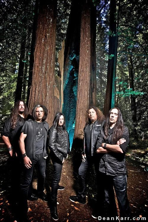 Testament, lords of thrash metal. I had the pleasure of seeing these gentlemen in Charlotte, NC. They, along with Death Angel, were opening for Anthrax, but I went to see THEM!