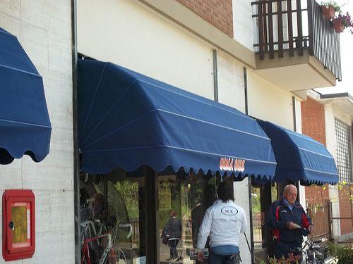 capottine_per_negozi_Torino_www.mftendedasoletorino (3)
