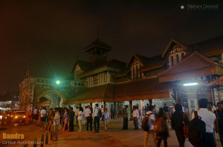 Outside Bandra station one Tuesday night
