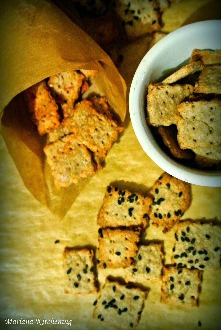 Kitchening: Biscuiți cu făină de hrișcă și tărâțe de ovăz/Buckwheat, oat bran crackers