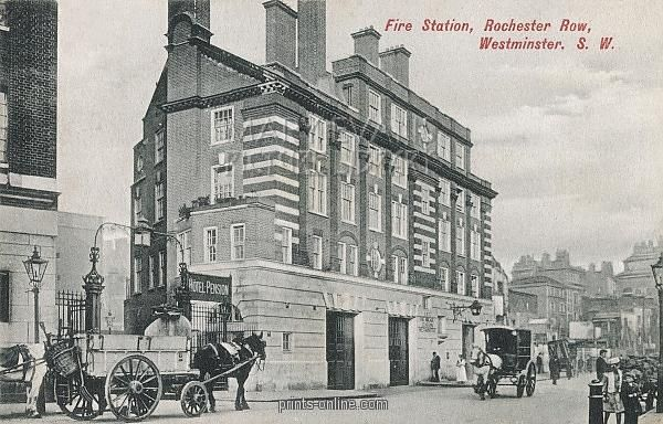 fire-station-at-rochester-row-westminster-london-4408219.jpg (600×384)
