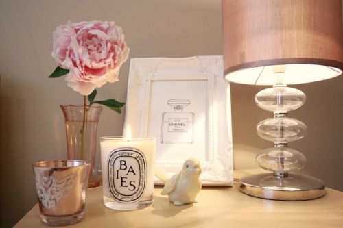 Bedside table: Girls Dressers, Decor Ideas, Decoration, Sweets Dreams, Decorating, Bedside Tables, Tables Arrangements, Bedrooms Decor, Pink Peonies