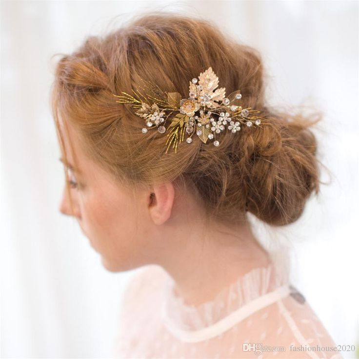 2017 Fashionable Crystal Hair Pieces With Combs Beaded Bridal Hair Flower  Cheap Tiara Bridal Accessories Headpieces