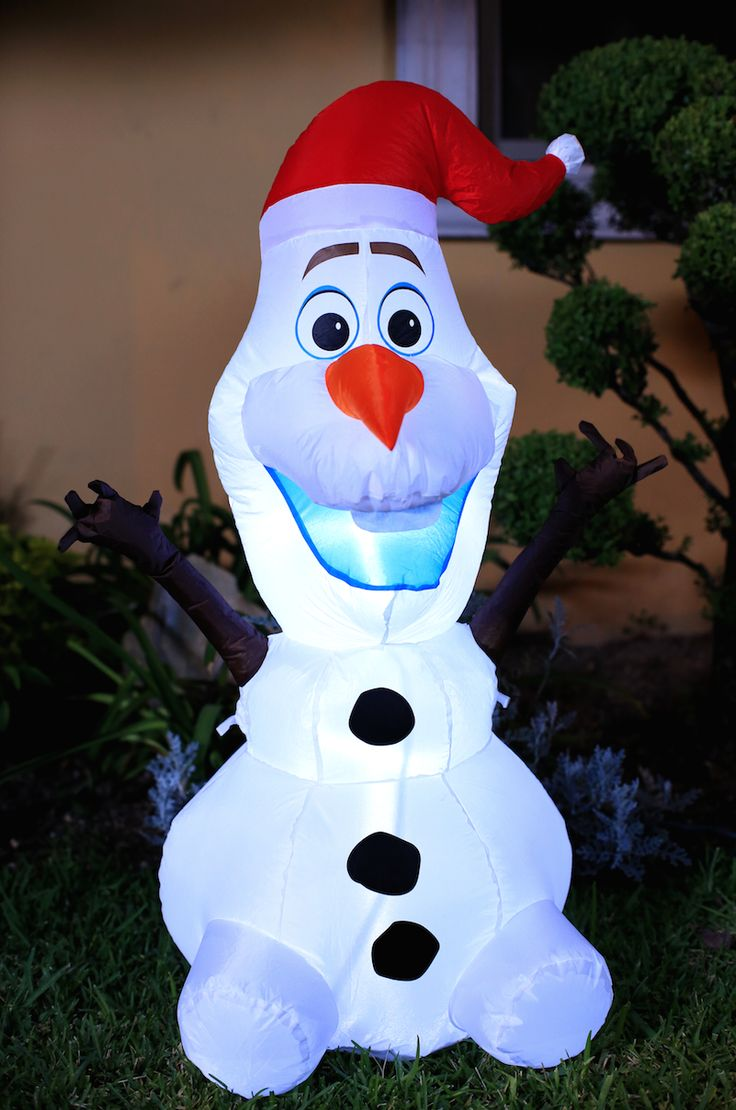 Disfruta con tus niños la alegría de la navidad. Decora con los personajes de Frozen.
