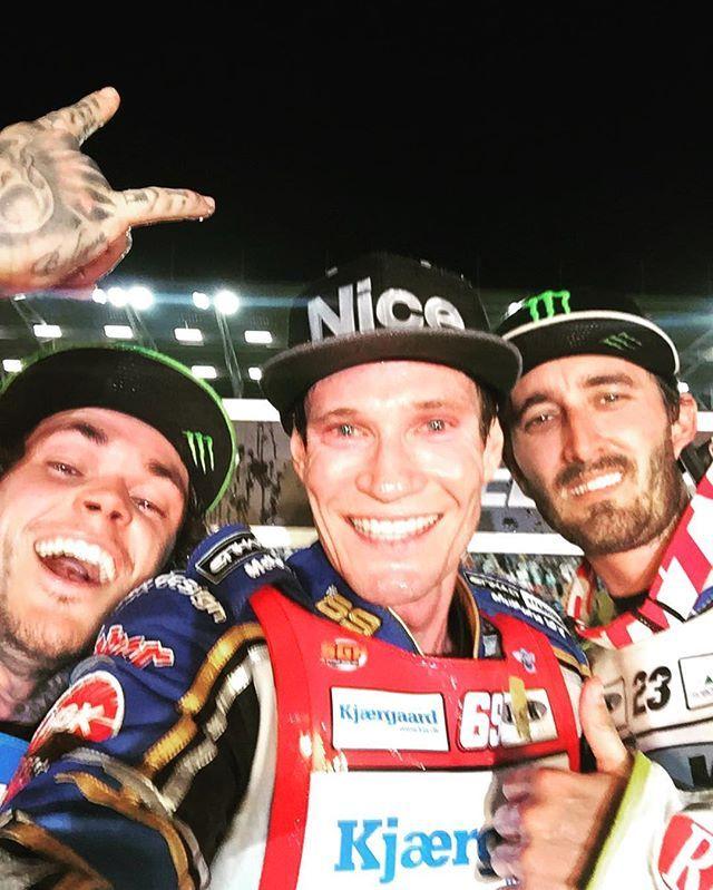 #GorzowSGP podium #speedwayselfie with @jasondoyle69, @twoffinden & @holder_23. #SpeedwayGP