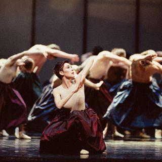 2002 The Canadian premiere of Mauricio Wainrot's Carmina Burana takes place in Winnipeg.