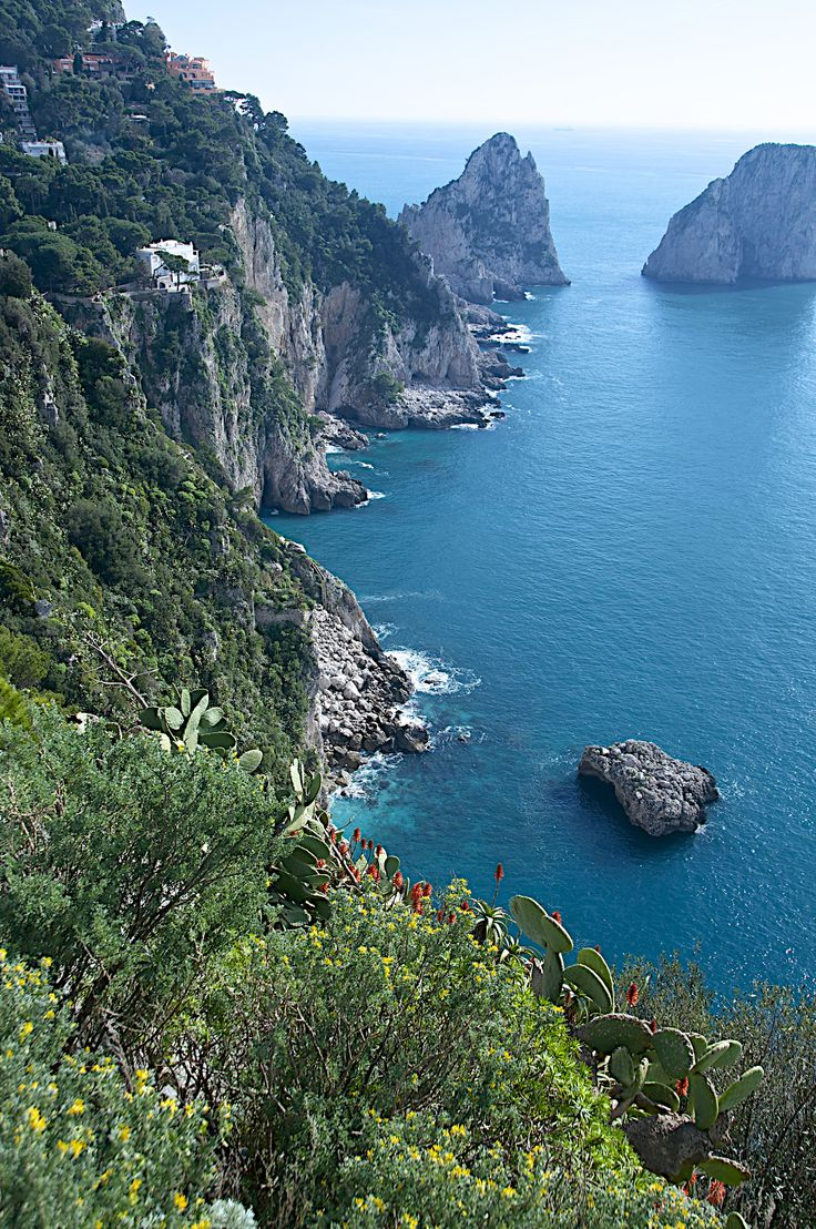 Isle of Capri - Looking down from Anna Capri