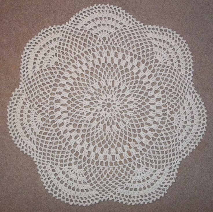 """Inflorescence"": a free pattern for a throw rug"