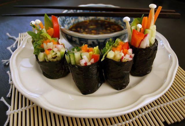 THE SIMPLE VEGANISTA: Raw Vegan Sushi Rolls