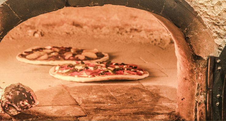 Los mejores sabores en #ElSagrario #Pizzería