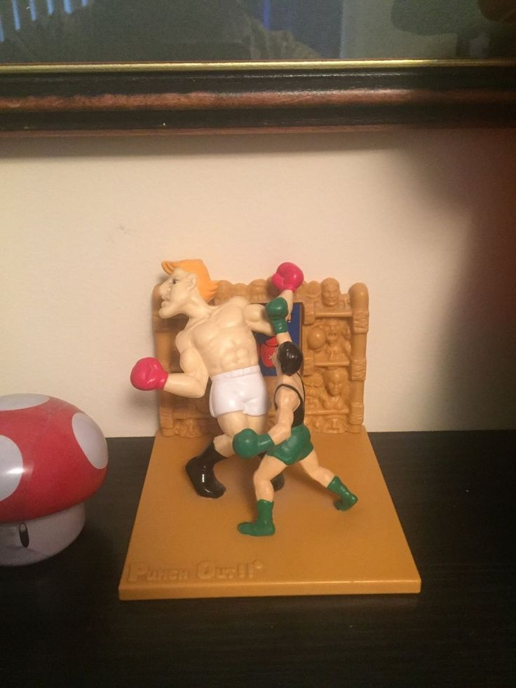 Really cool Mike Tyson' #Punchout #Trophy from the #nes! #littlemac #miketyson #boxing #puncout #punch #fighting #fight #videogame #game #retrogaming #retrocollect #gamecollect #collector #vintage #videogames #oldschool #nintendo Nintendo Miketyson Boxing Videogamemes GameStop GoNintendo RetroGame RetroGamers