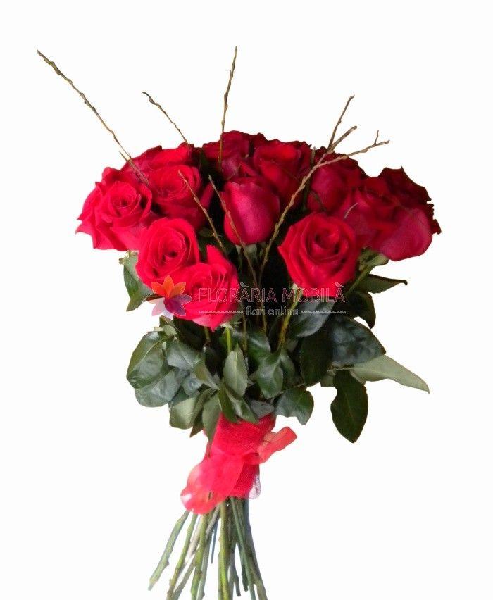 buchete trandafiri rosii red roses bouquet for valentine's day