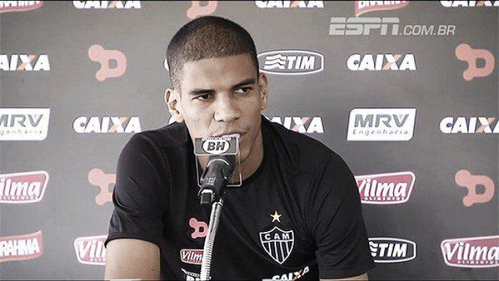 """hhttp://www.vavel.com/br/futebol/atletico-mg/623297-apesar-dos-varios-desfalques-leo-silva-confia-na-forca-da-torcida-para-vencer-o-classico.html Leonardo Silva minimiza desfalques no Atlético Mineiro: """"Eu tenho uma perspectiva boa"""""""