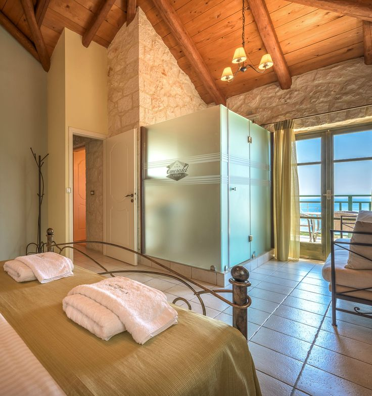 Emerald Superior #Villa, #Zakynthos island, #Greece www.emerald-villas.gr