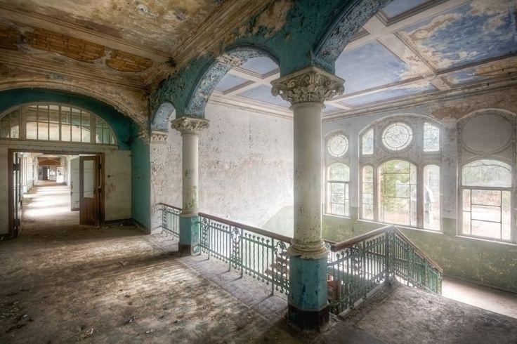 Самые потрясающие заброшенные замки мира - Антишеф