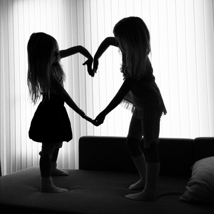 Twins love <3