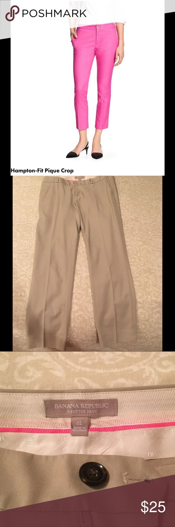 """Banana Republic Hampton Fit Crop Pant in Stone The Hampton Fit crop pant by banana republic. It is a very light khaki or stone color. This is a 6 long. I am 5'9"""" and this was the perfect length, hitting top of my ankle. The 6 fits me well, I am a 29-30 in jeans. Perfect for work with heels! No stains or imperfections. Banana Republic Pants Ankle & Cropped"""