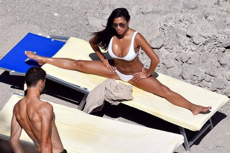 Nicole Scherzinger on vacation with her boyfriend Grigor Dimitrov in Capri Italy  #wwceleb #nicolescherzinger