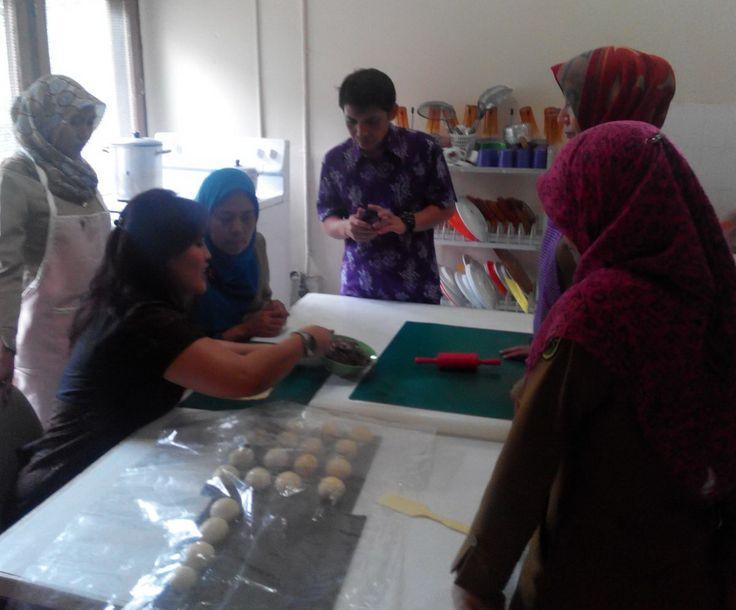 Kegiatan Pendampingan di Guru-guru SMU LB Pekanbaru, Kegiatan olek Diknas
