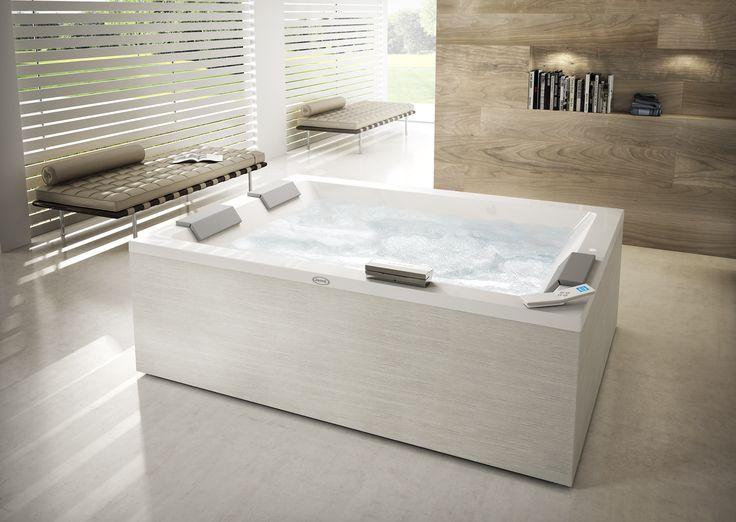 Sharp extra o la baignoire pour b n ficier de l 39 hydromassage jacuzzi - Baignoire spa jacuzzi ...