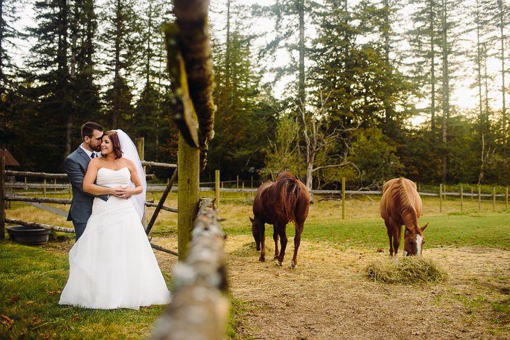 Pomeroy Farm. Wedding Venue in Yacolt, WA. Rustic Farm weddings. Photo by Logan Westom Photography.