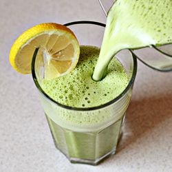 this sounds delicious: ginger, spinach and pineapple. good if you're looking to detox and alkalize your bod.