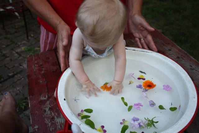 beautiful idea for baby play
