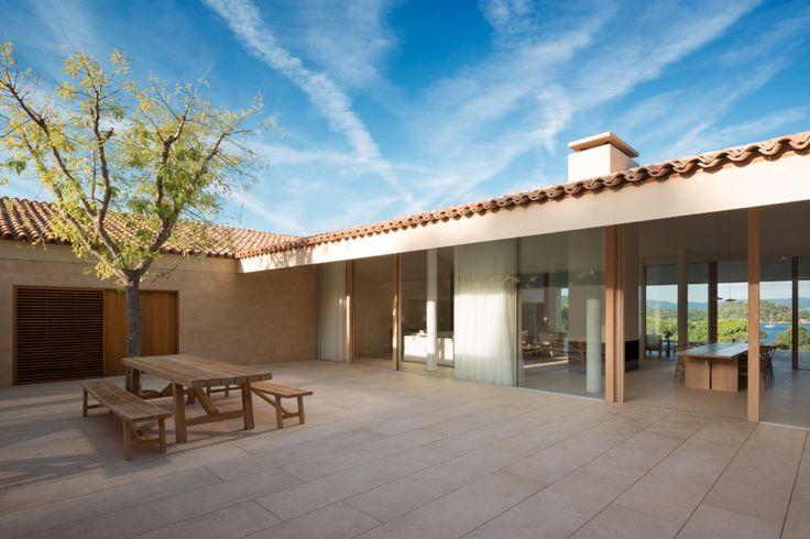 architags - architecture & design blogJohn Pawson. St. Tropez Houses.Provence. France.... -