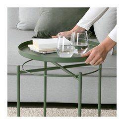 IKEA - GLADOM, Salontafel met dienblad, lichtgeel, , Het afneembare blad is handig bij het serveren.Door de opstaande randen is het blad makkelijk te dragen en vermindert het risico dat glazen of schalen erafglijden.Het oppervlak is slijtvast en onderhoudsvriendelijk omdat het is gemaakt van met poederlak afgewerkt staal.Het tafeltje is makkelijk op te tillen en te verplaatsen, bv. van de bank naar de leesfauteuil.