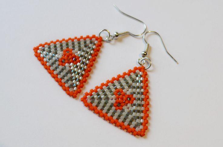 Peyote Triangle Beaded Earrings   JeanneNoire Repunked