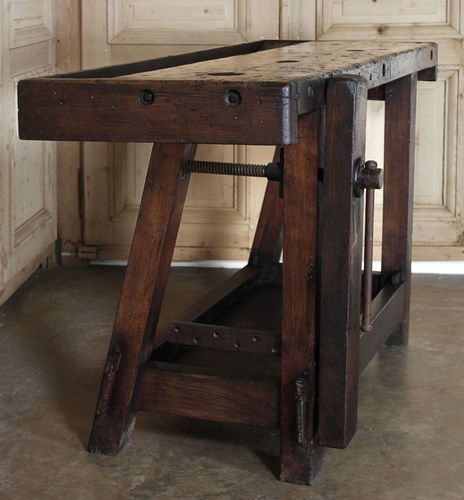 Great antique workbench. I love these older styles