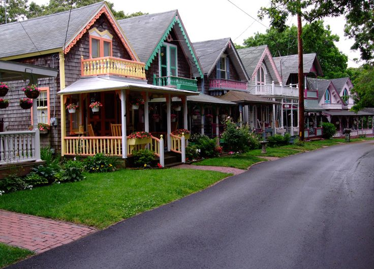 color, Marthas VineyardBeach Home, Gingerbread Cottages, Favorite Places, Oak Bluff, Martha Vineyard, Vineyard Cottages, Gingerbread House, Vacations, Travel