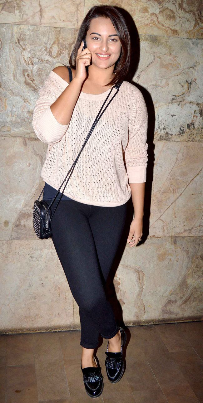 Sonakshi Sinha was seen at the screening of 'Gone Girl'.