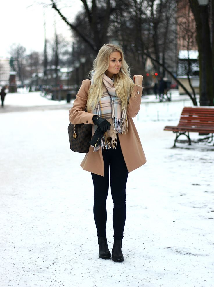 17 Best ideas about Snow Fashion on Pinterest | Snow day outfit ...