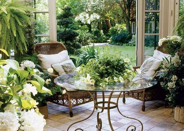 Orangerie....gorgeous, love the table